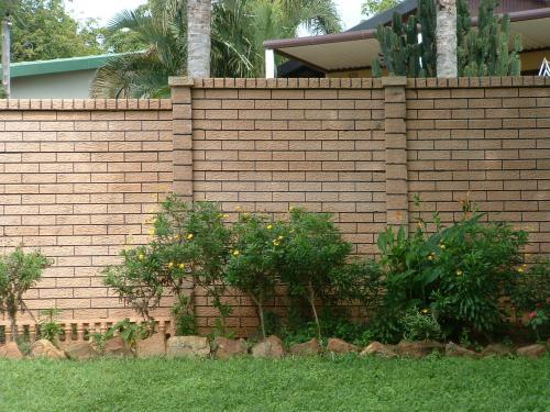 Rustic brick_2_1
